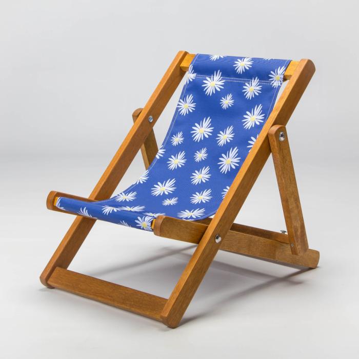 Daisy print deckchair