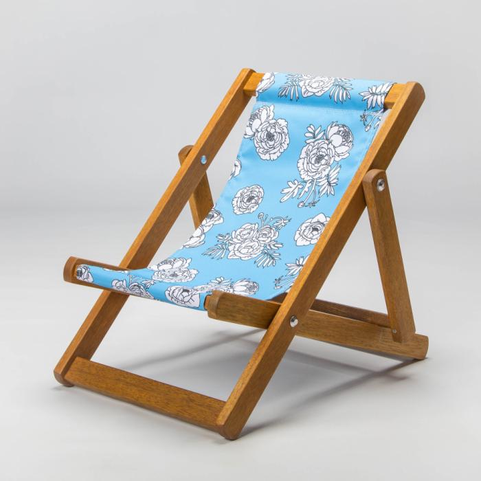 Blue flowers deckchair