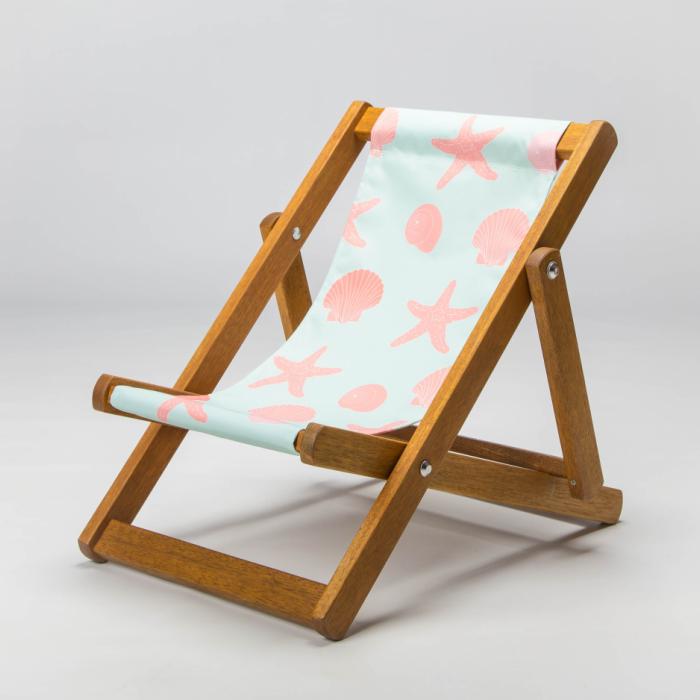 Seashell print deckchair