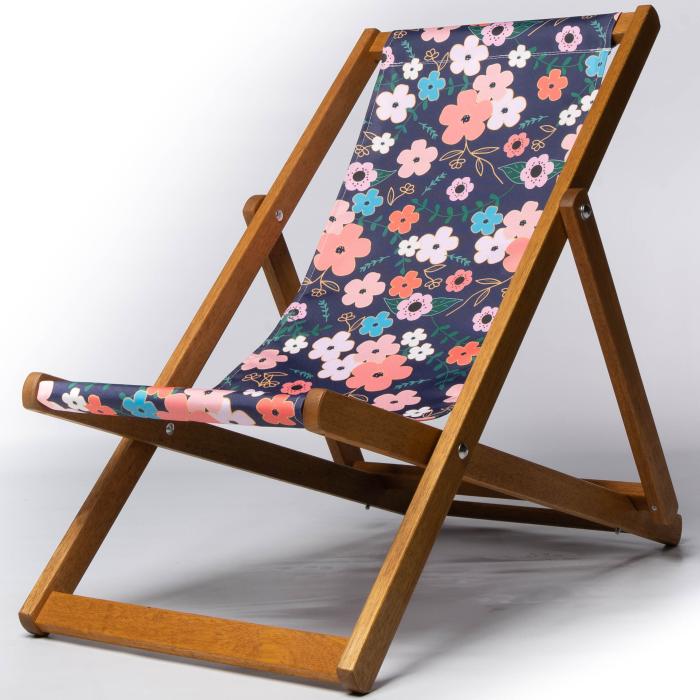 Bold floral design deckchair